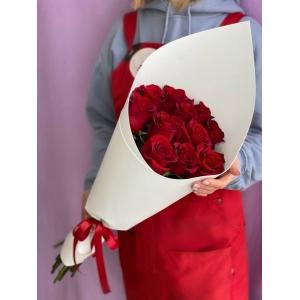 Купить букет из 11 красных роз в Хабаровске