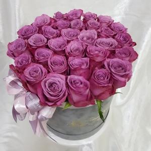 Купить коробку с 31 розой в Хабаровске