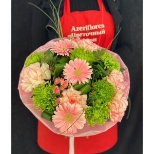 Купить букет «Green pink» с доставкой в Хабаровске