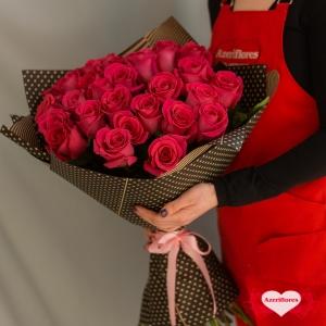 Купить букет из 31 красных роз в Хабаровске