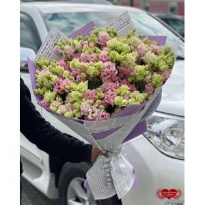 Купить букет из 25 розовых лизиантусов с доставкой в Хабаровске