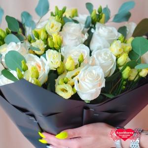 Купить букет из пудровых роз в Хабаровске