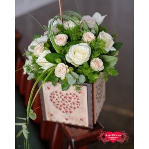 Купить коробку с розами и орхидеями в Хабаровске