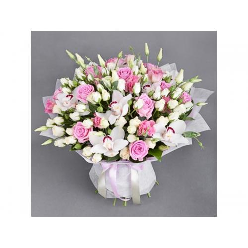 Купить букет «Нежность» из орхидеи, розы и лизиантуса в Хабаровске