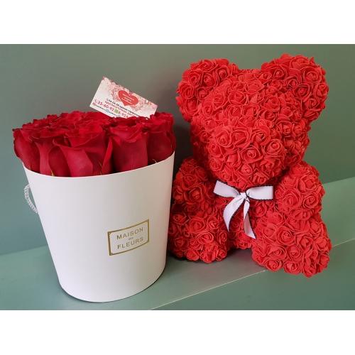 Купить коробку роз и мишку из фоамиран в Хабаровске