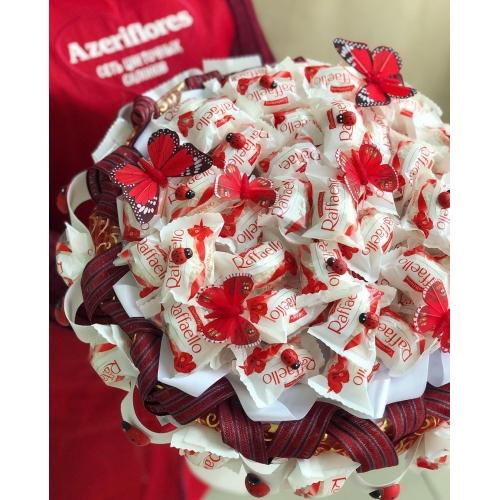 Купить букет из конфет с доставкой в Хабаровске