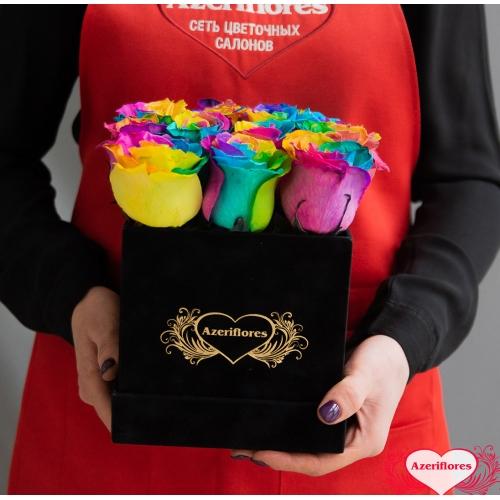 Купить коробку цветов «Радуга» с доставкой в Хабаровске
