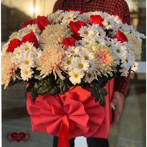 Купить коробку цветов «Закат» с доставкой в Хабаровске