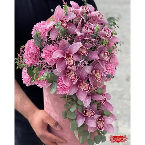 Купить коробку с розовой орхидеей с доставкой в Хабаровске