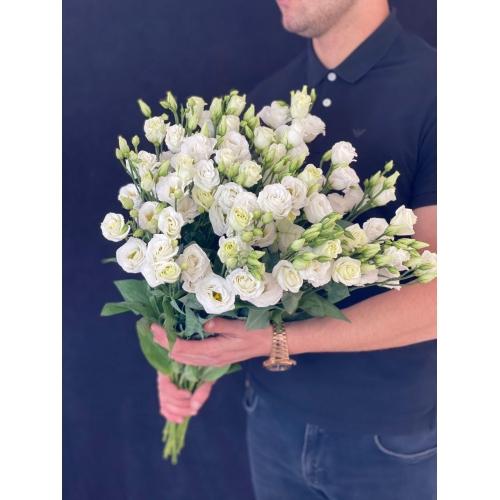 Купить Лизиантус (Эустома) - белого цвета поштучно с доставкой в Хабаровске