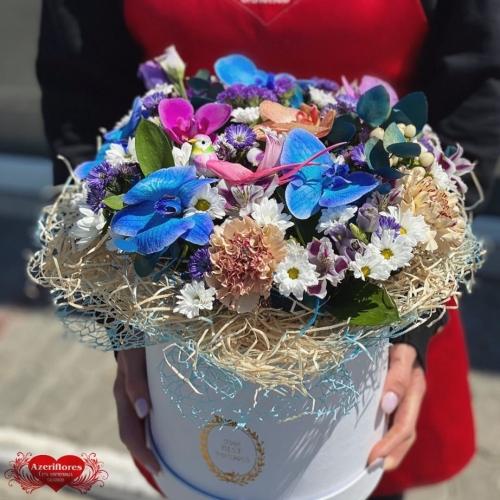 Летняя коробка цветов с доставкой в Хабаровске