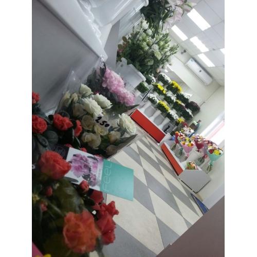 Магазин цветов на ул. Павла Морозова, 82а/1